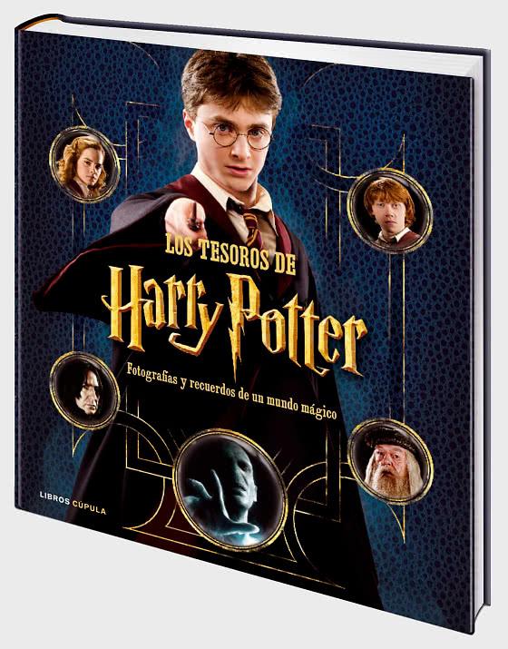 20% DISCOUNT - Harry Potter Treasures Book - Collectibles