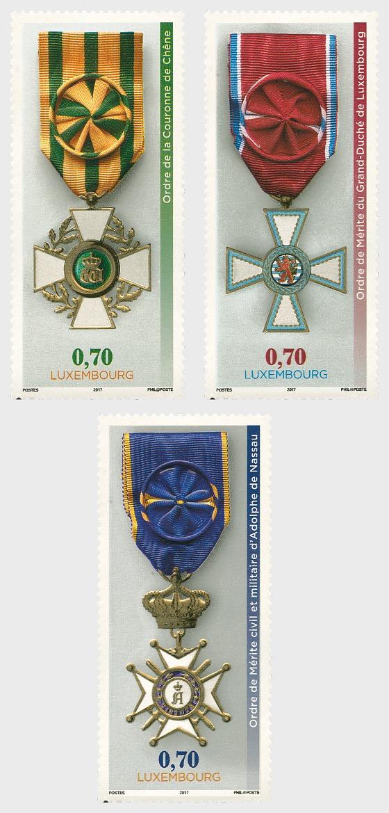 3 National Orders of Merit - Set